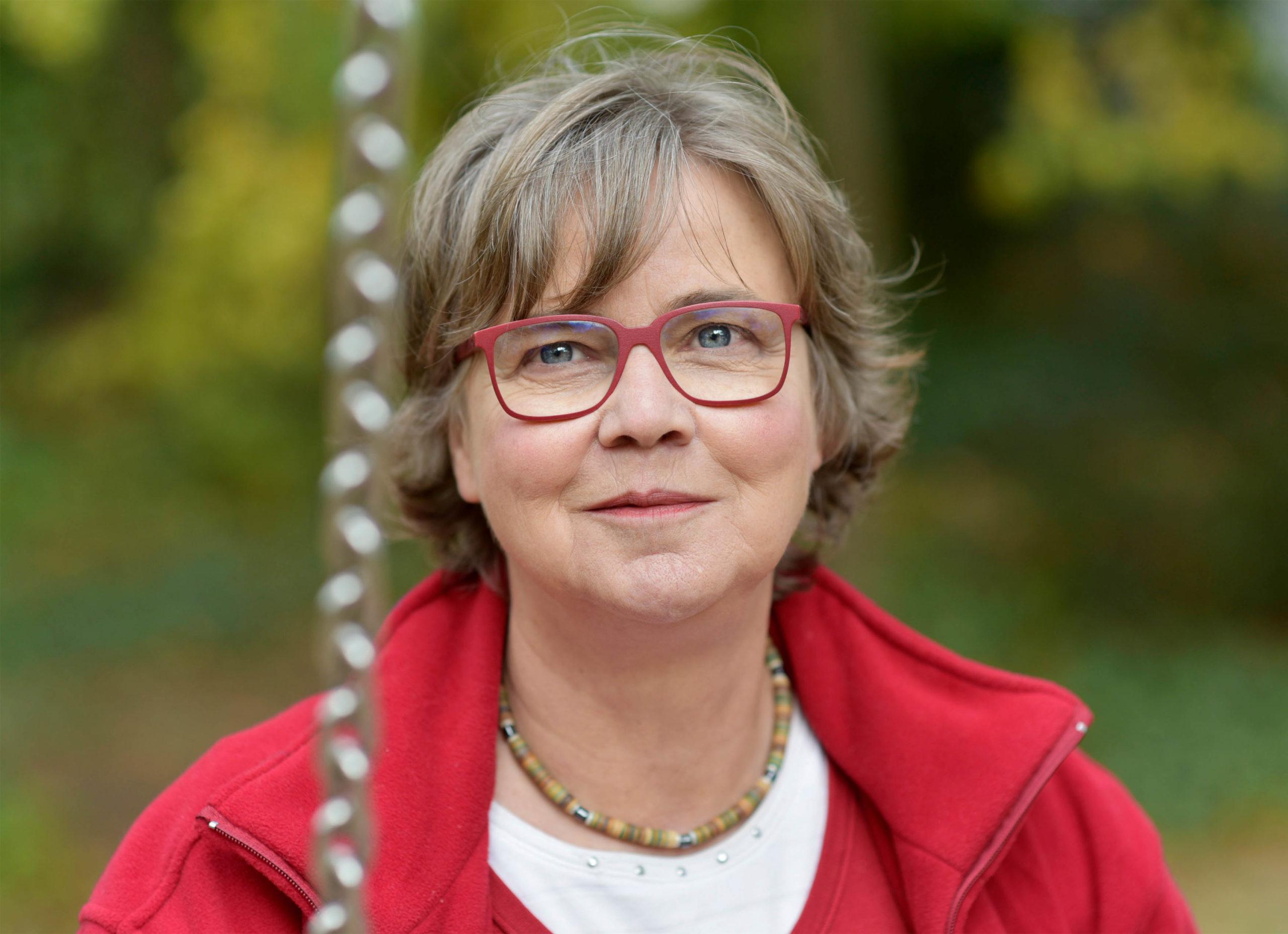 Dr. Adriane Kobusch, Portrait